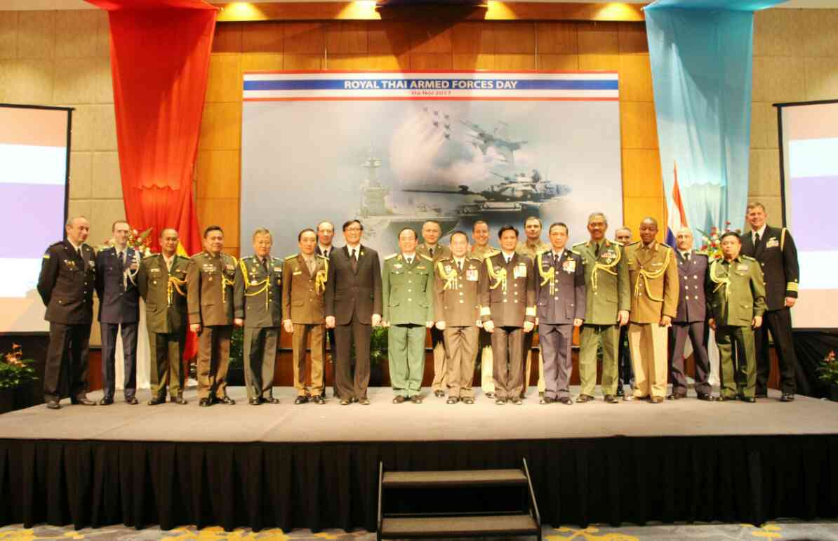 Thai Naval Attache accredited to Hanoi, together with Attaches from other services, held a Thai Armed Forces Day Anniversary reception